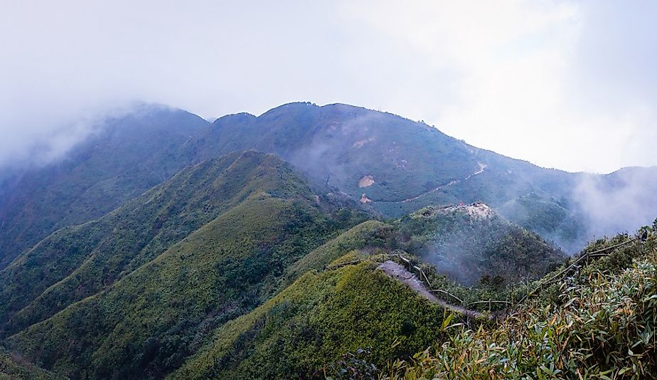 Misty climb to the top of Fansipan.