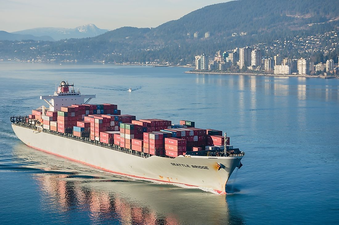 The port of Vancouver is the largest and busiest port in Canada and the third busiest cargo port in North America. Editorial credit: Volodymyr Kyrylyuk / Shutterstock.com