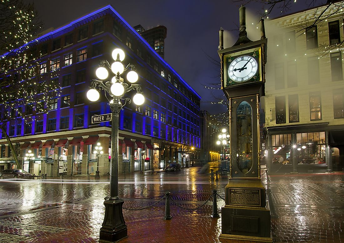 The famous clock tower of Gastown.