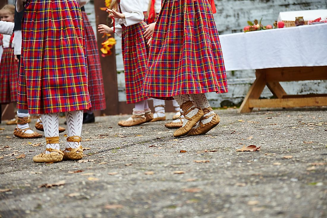 Women dressed in traditional Latvian dance shoes.