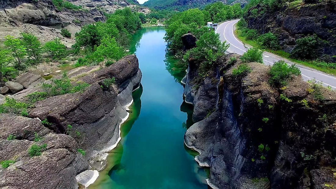 The Haliacmon is the longest river in Greece.