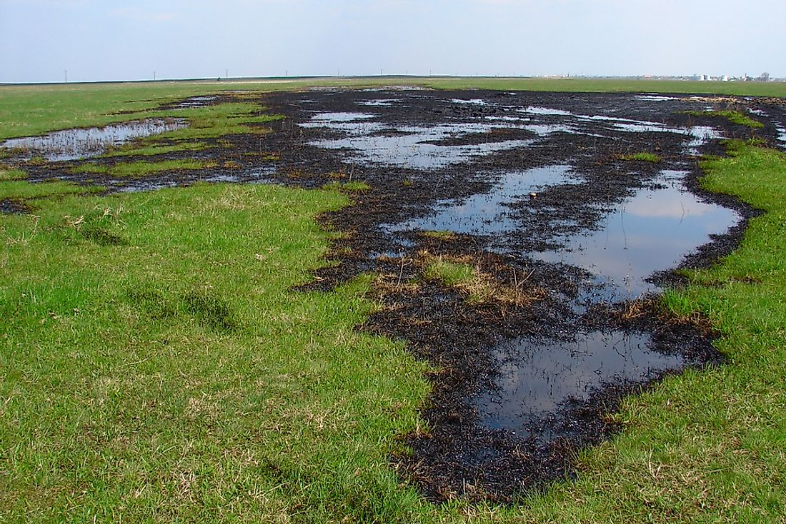 Oil spills and other contaminant leaks are a source of groundwater pollution.