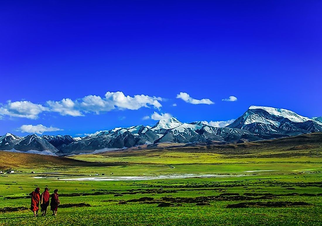 A tour to Tibet is always an adventurous one, and the fantastic sceneries along the way also enthrals those visiting the place.