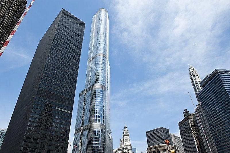#3 Trump International Hotel & Tower, Chicago - 1,389 Feet
