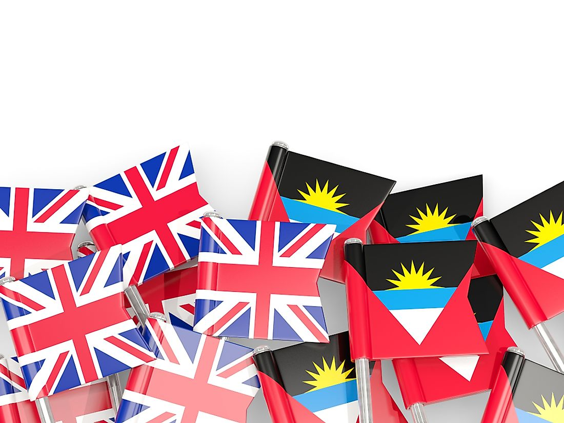 English is the official language of Antigua and Barbuda.