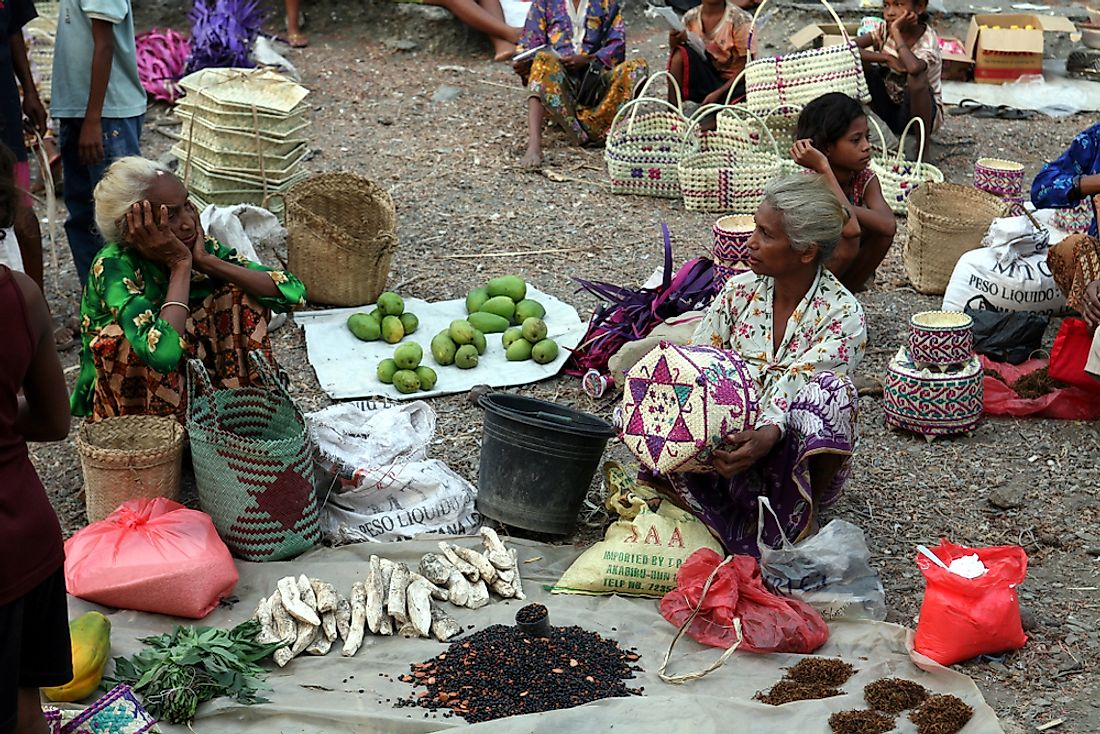 Village market in Aituto, East Timor. Editorial credit: amnat30 / Shutterstock.com