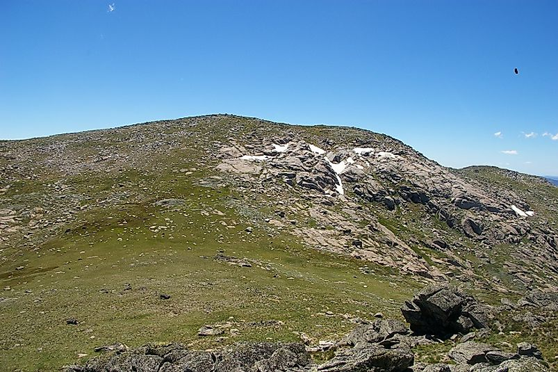 Mount Twynam in Australia is the lowest of the Seven Third Summits.