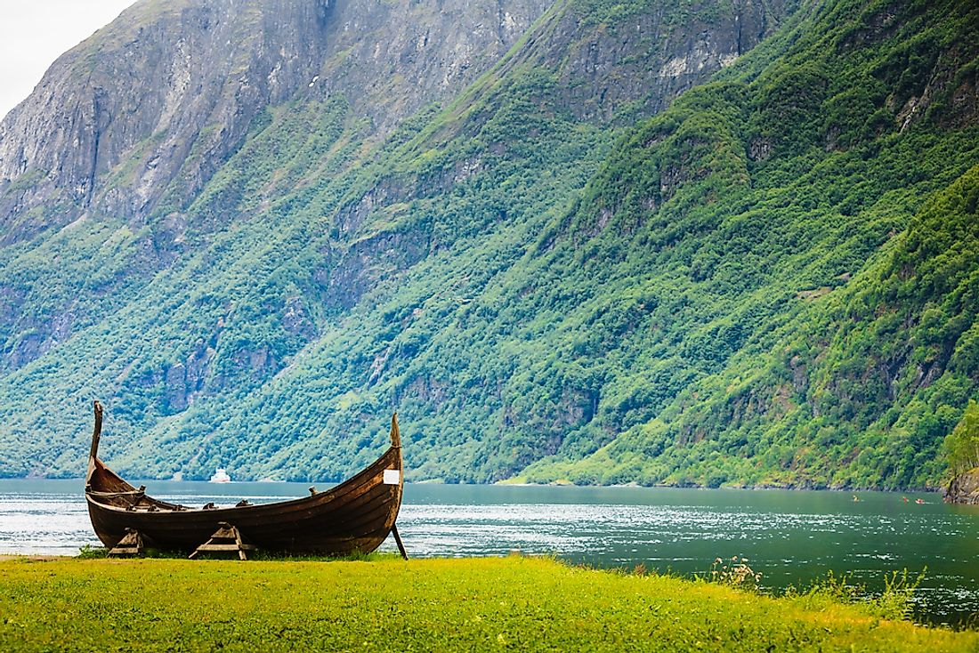 A traditional Norwegian canoe.