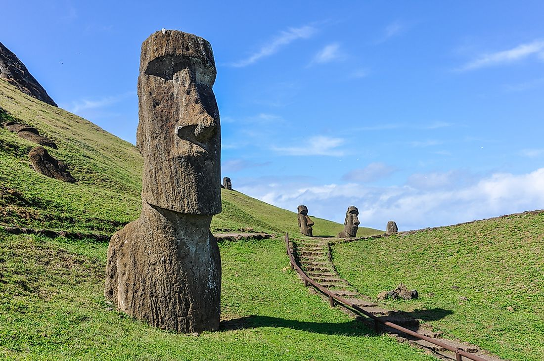 The heads of Easter Island: one of the most famous mysteries in the realm of geography.