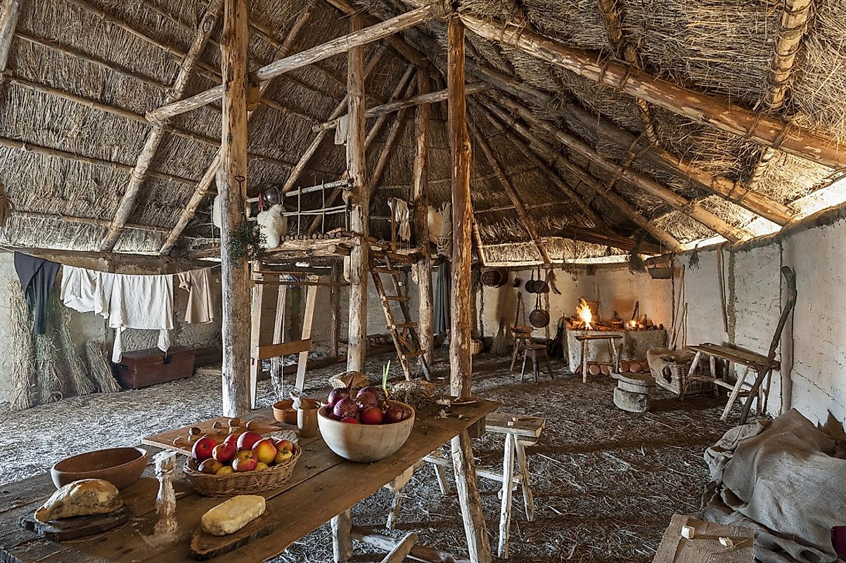 Arguably more culturally similar to tribes in the Northeast than to those to their southwest, many Tuscarora lived in longhouses (longhouse interior pictured).