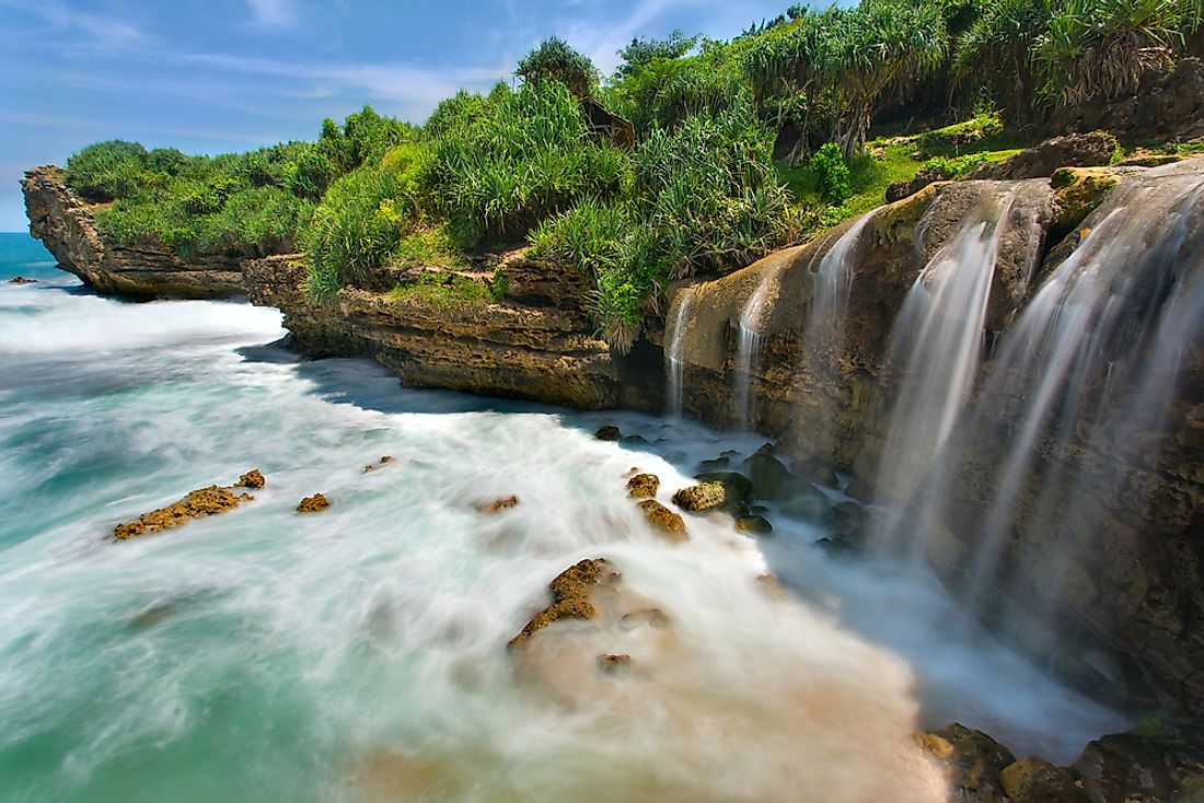 The waterfalls of Jogan Beach fall straight into the Indian Ocean.