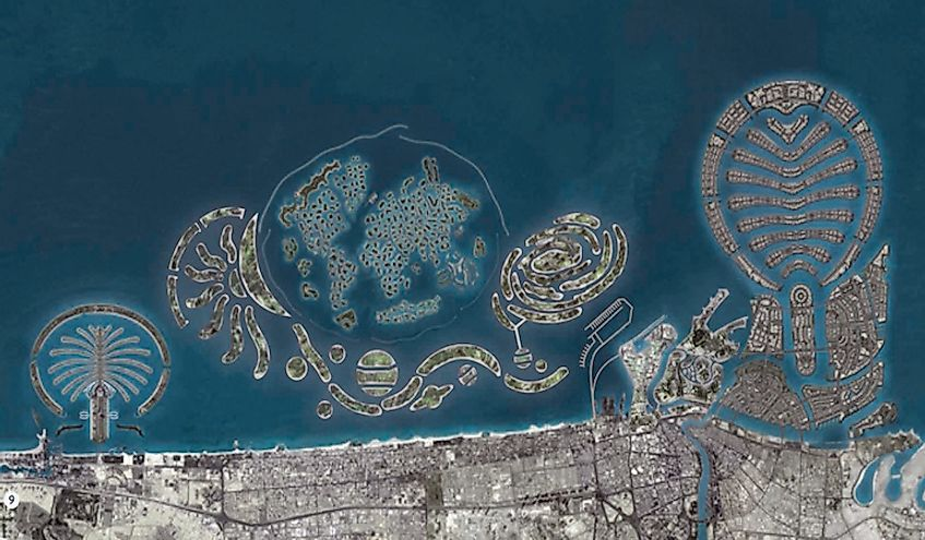 A design view of the Palm Jumeirah (left) and Palm Deira (right) with The World and The Universe archipelagos