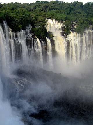 Kalandula waterfalls