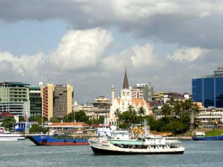 Harbour and City Centre Skyline, Dar Es Salaam, Tanzania, East Africa, Africa