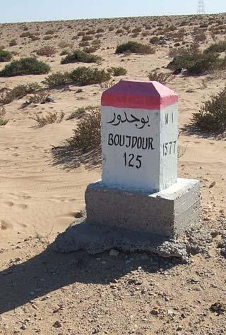Boujdour mile marker