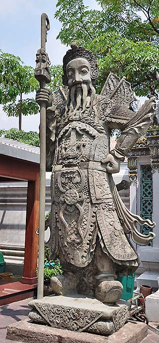 bangkok statue