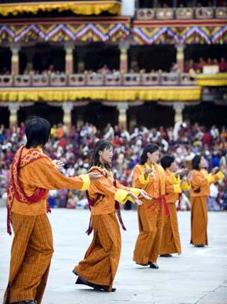 Dancers in Traditional Costume, Autumn Tsechu (Festival) at Trashi Chhoe Dzong, Bhutan, Asia