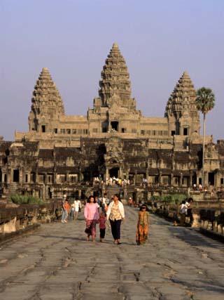 Stone Causeway Gates, Angkor Wat, Unesco World Heritage Site, Angkor, Siem Reap, Cambodia