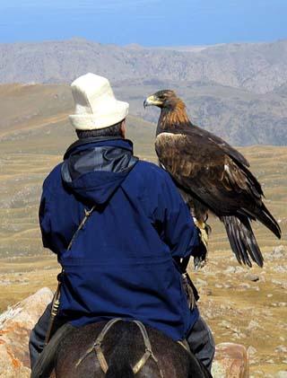 Kyrgyzstan eagle hunter