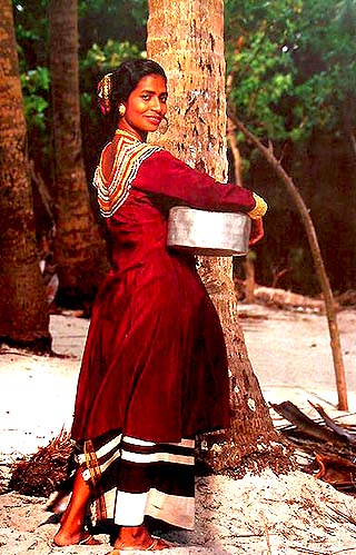 Maldives woman in tradition dress