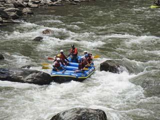 White Water Rafting on the Bhote Kosi River, Kathmandu Valley, Nepal, Asia