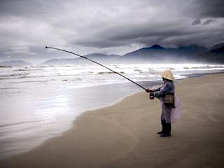 Beach Fisherman, Vietnam, Indochina, Southeast Asia, Asia