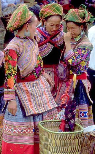 hmong women vietnam