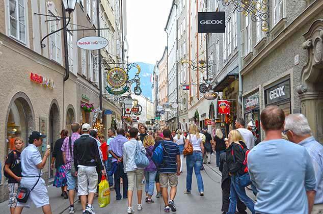 shopping street salzburg