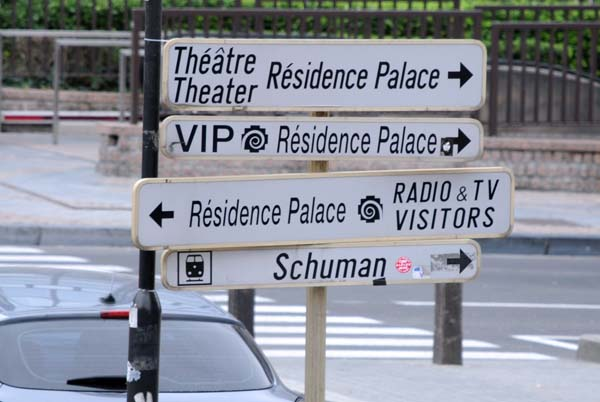 signs brussels