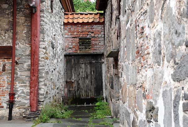 bergen norway doorway
