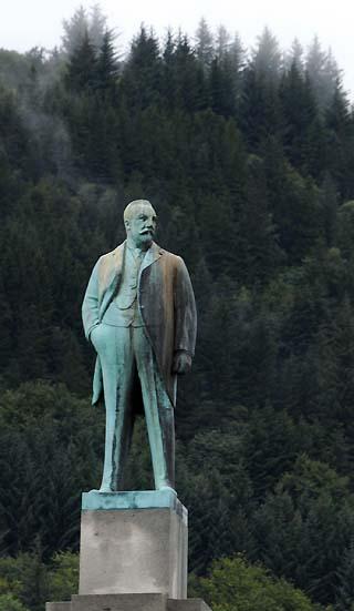 bregen norway statue