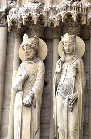 statues paris