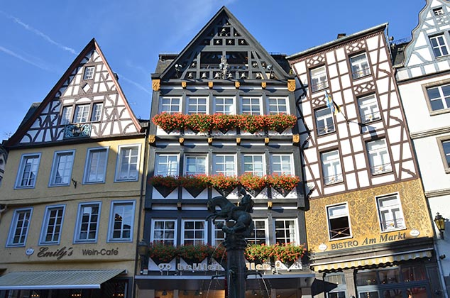 timbered houses cochem germany