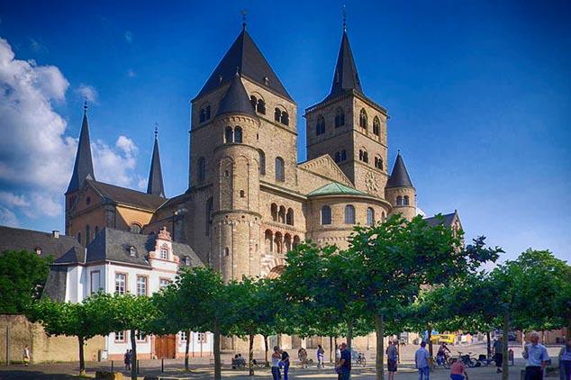 trir cathedral