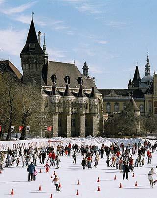 ice skating budapest