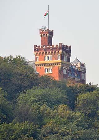 hill castle budapest