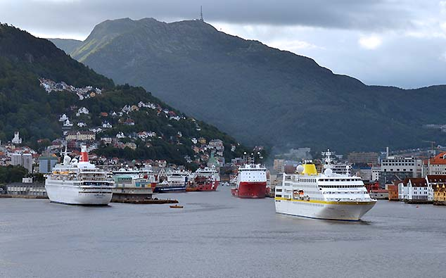 cruise ships in bergen