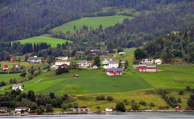 fjord houses norway