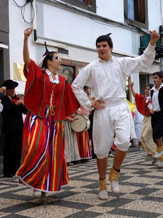Gaula Couple Dancing, Funchal, Madeira