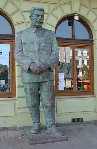 joseph stalin statue bratislava