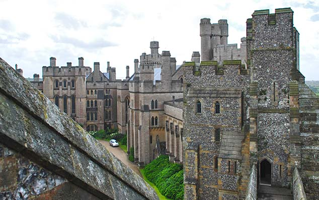arundel castle walls