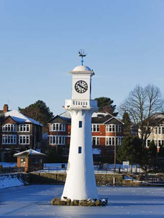 United Kingdom, Wales, Cardiff, Captain Scott Memorial Lighthouse at Roath Park Lake