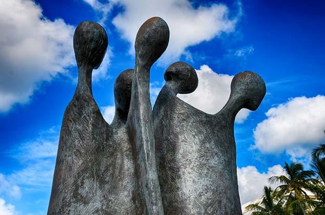 slavery statue