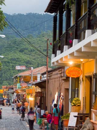 Copan Ruinuas, Town Near the Guatemalan Border of Honduras Street Scen
