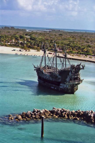 Shipwreck in the Bahamas