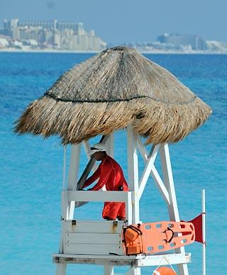 cancun lifeguard