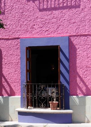 local color cancun