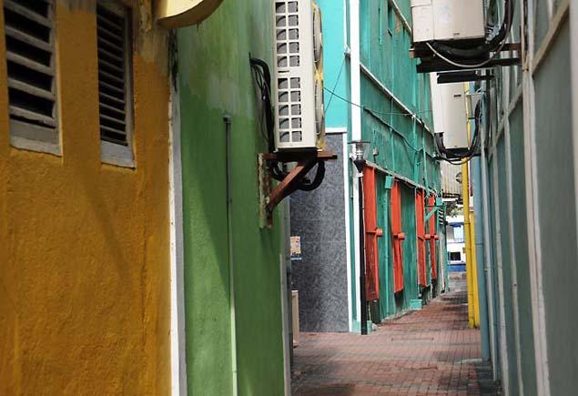 alley building in curacao