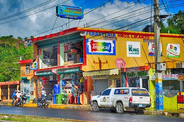 local store samana