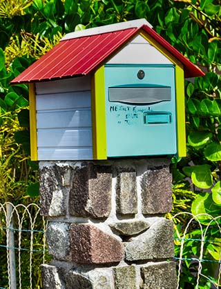 mailbox guadeloupe